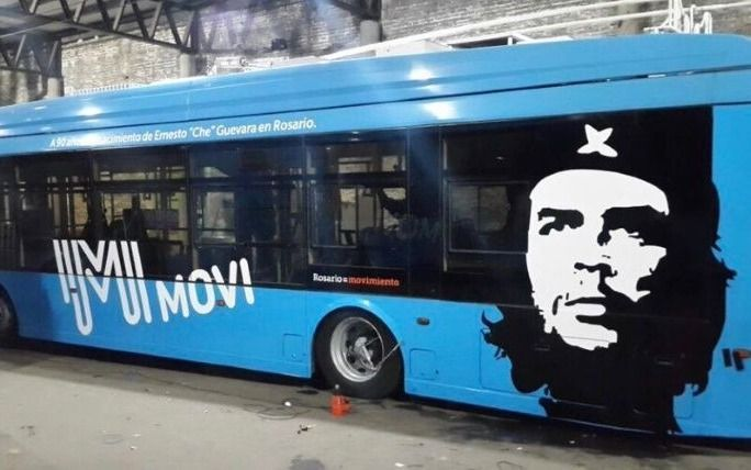 Rosario estrenará una línea de trolebuses con la imagen del Che Guevara