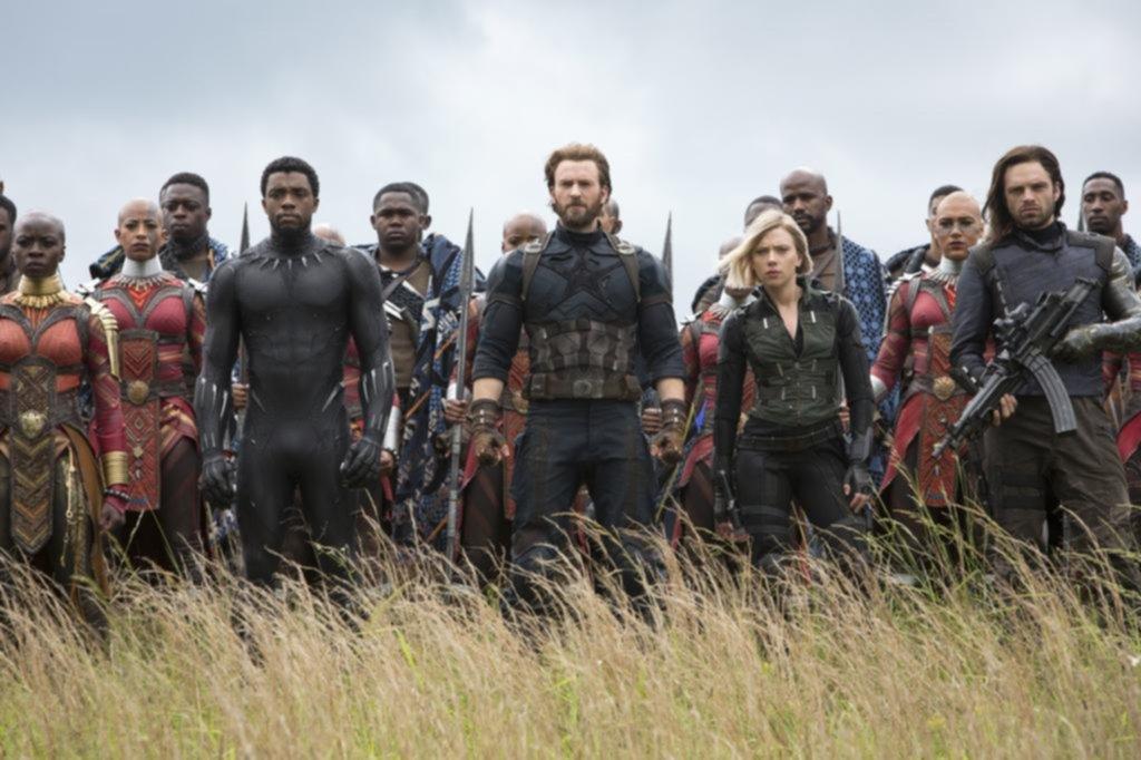 """""""Avengers"""", cuarta película en pasar los 2.000 millones de dólares"""