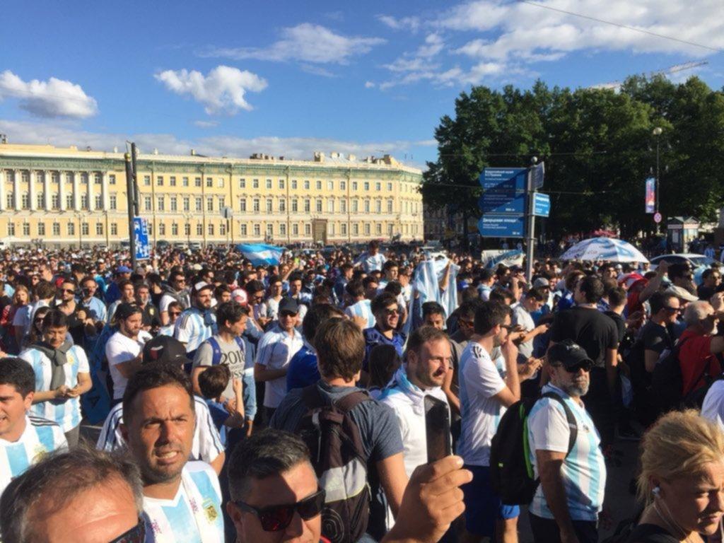 Así alientan los argentinos a su selección en Rusia