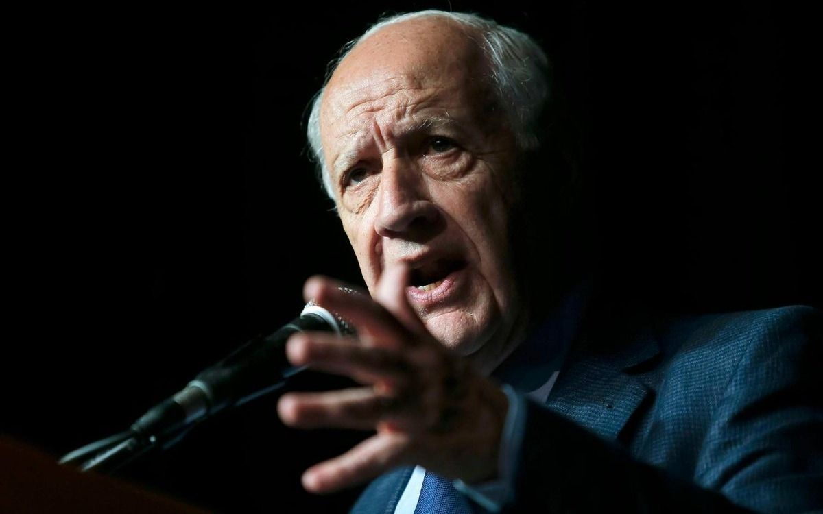 Lavagna ratificó candidatura presidencial con frente propio