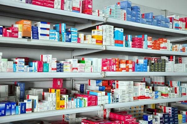 Denuncian falta de recetas para que los médicos prescriban psicofármacos