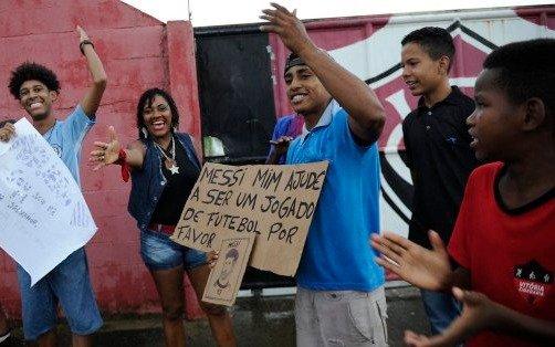 El curioso pedido que un fanático brasileño le hizo a Messi