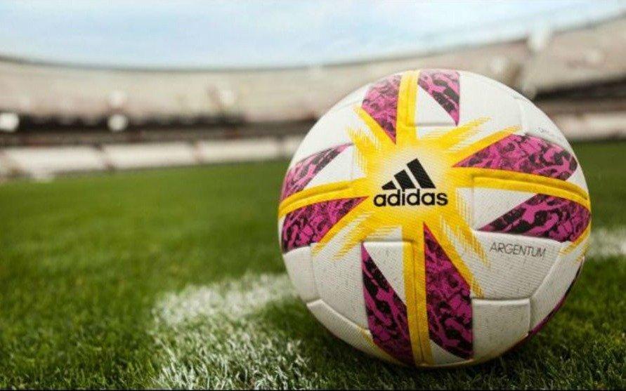 Salen a la luz las diferencias entre un DT y el plantel de un equipo de la Superliga