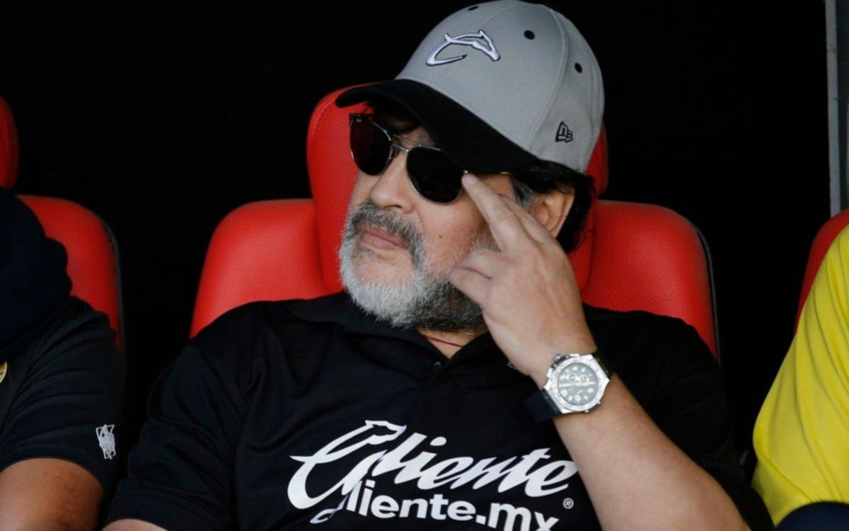 Maradona deja la dirección técnica de Dorados por razones de salud