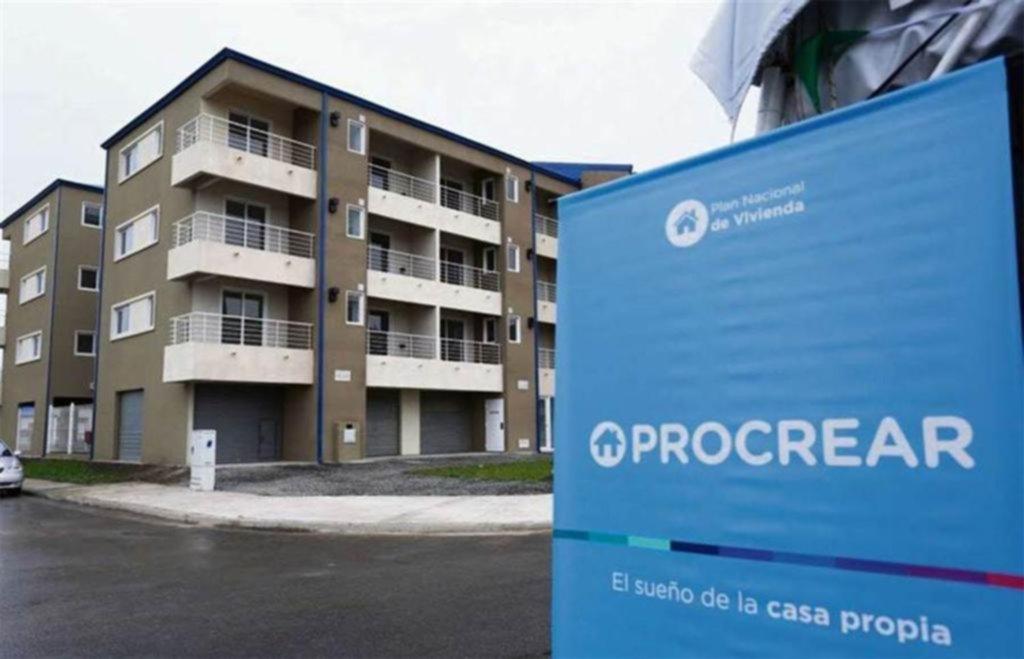 Relanzan los créditos hipotecarios Procrear con subsidio estatal y a 30 años