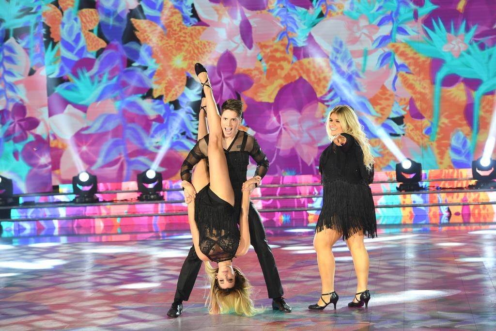 """""""Horrible"""", dijo De Brito: More debutó en el """"Bailando"""" y la """"mataron"""" los jurados y las redes"""