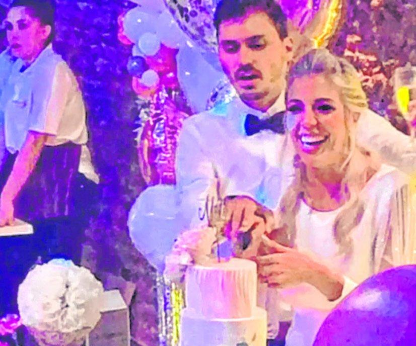 Tras muchas idas y vueltas, se casó Virginia Gallardo