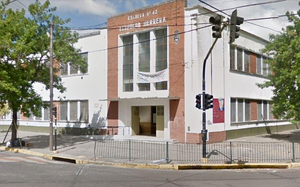 Confirman tres casos de Gripe A en escuelas de La Plata