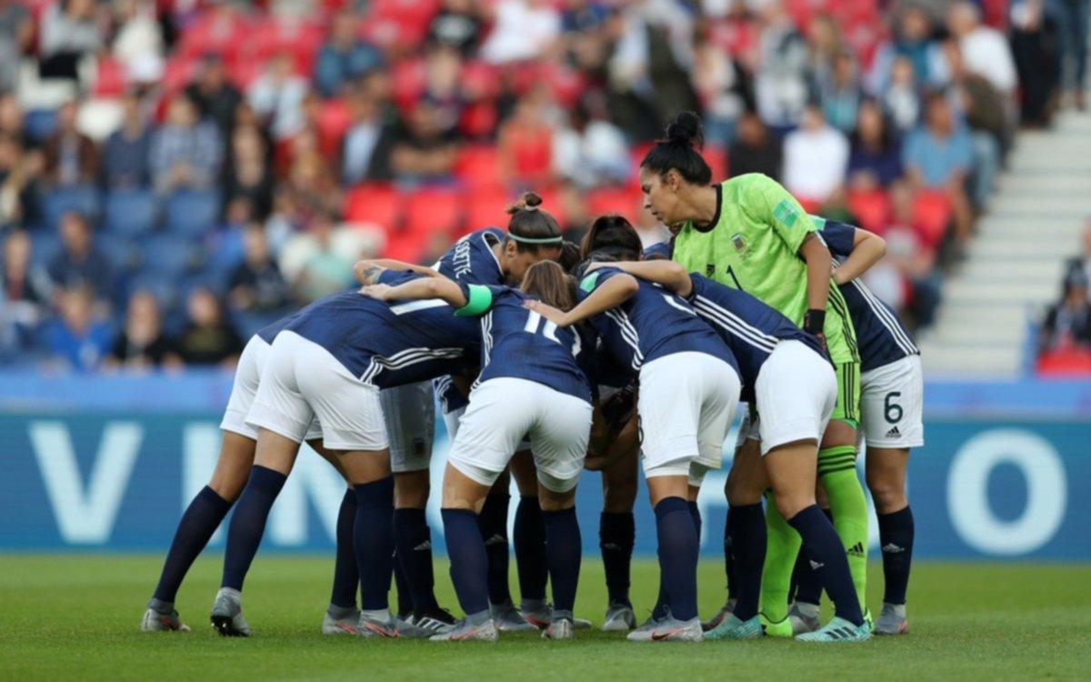 Mundial de Fútbol Femenino: Argentina quedó eliminada por la victoria de Camerún