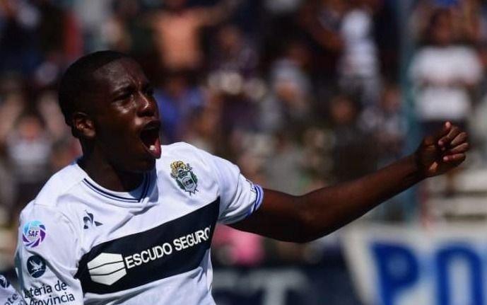 Hurtado vuelve a entrenar en Gimnasia y sellan su venta a Boca o a la Sampdoria