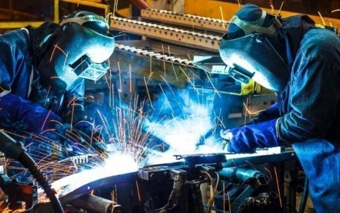 La actividad económica bajó 1,3% en abril: 13 meses consecutivos de caída