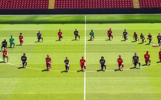 El campeón Liverpool se sumó a los movimientos de protesta por la muerte de Floyd