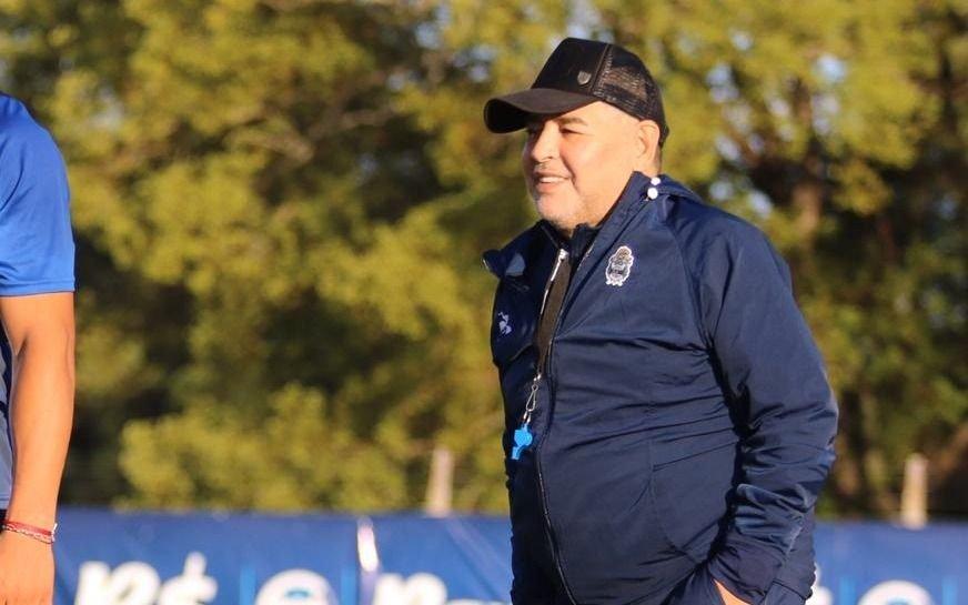 Maradona rechazó la propuesta para seguir en Gimnasia