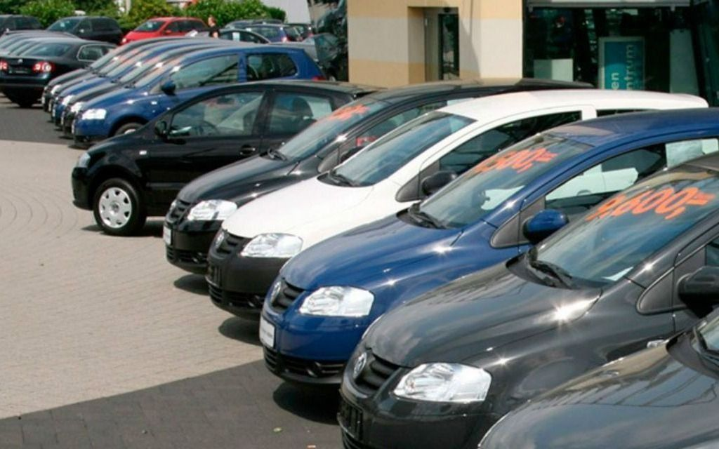 En mayo repuntó la venta de autos usados: precios y modelos más vendidos