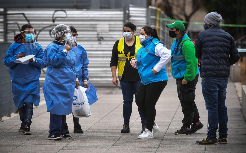 Hay 983 contagios nuevos en Argentina, la cifra más alta desde el comienzo del coronavirus
