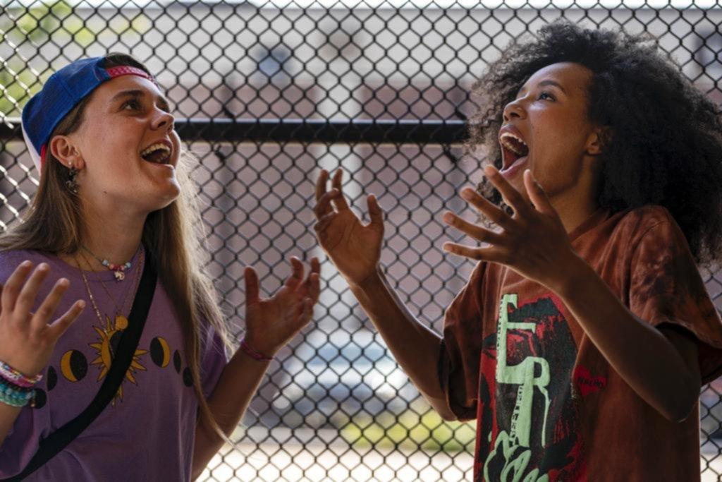 """""""Betty"""": una pandilla de skaters capaz de pensar otro mundo desde una patineta"""