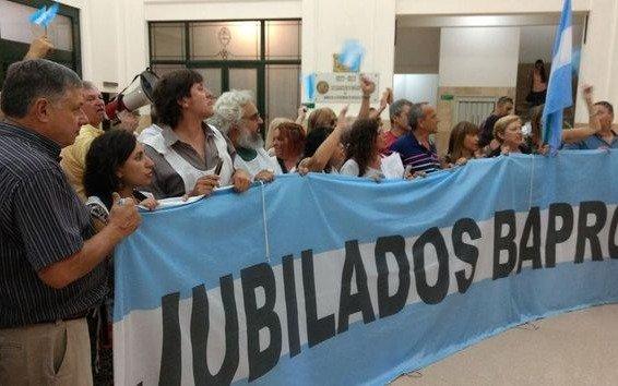 Revés judicial a la reforma previsional del Bapro: ordenan volver atrás en el caso de un jubilado