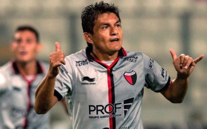 """El """"Pulga"""" Rodríguez pidió una semana más para decidir si viene al Lobo"""