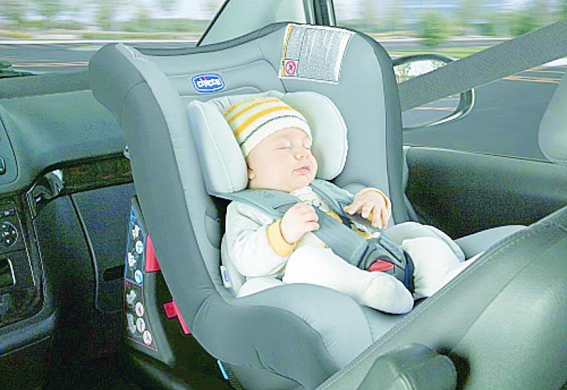 Alertan que el 85% de las sillas infantiles son mal colocadas en los autos y pocos las usan