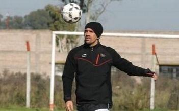 La Brujita Verón se vuelve a poner los cortos para jugar en una nueva liga de ex futbolistas