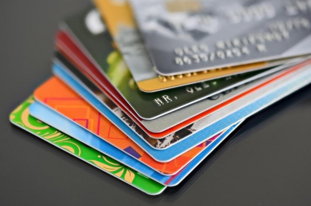 Reducen a 8 días el plazo de liquidación de las ventas con tarjetas de crédito
