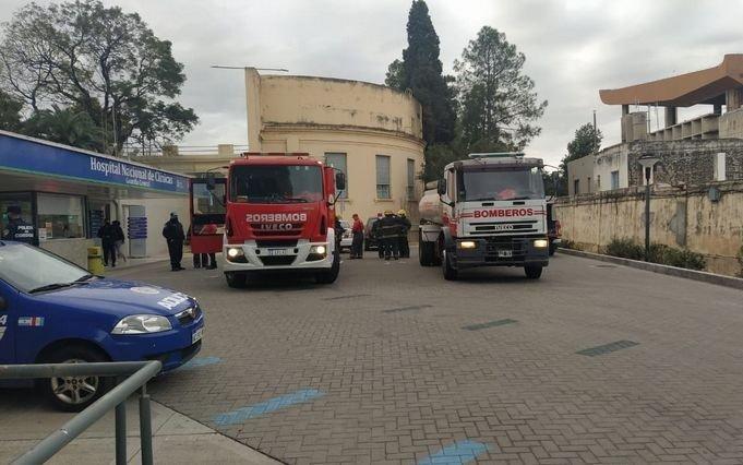 Se incendió una sala con pacientes COVID de un hospital: un herido