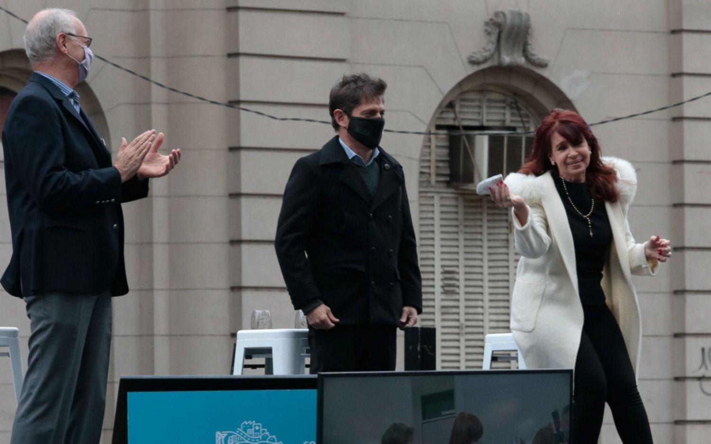 Cristina inicia la campaña electoral desde La Plata