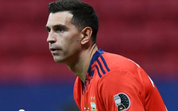 """""""Estamos para ganar la Copa América porque tenemos al mejor del mundo"""", dijo """"Dibu"""" Martínez"""