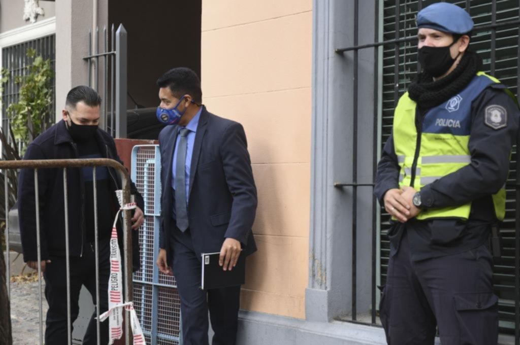 El jefe de enfermeros complicó a las médicas de Maradona