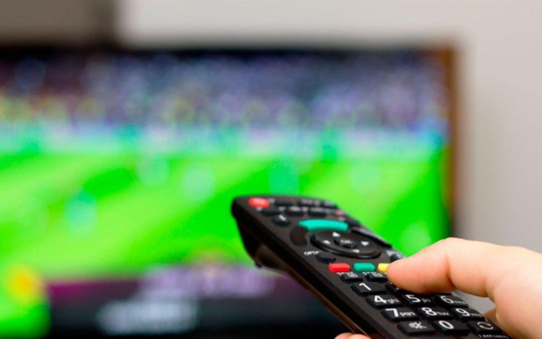Un finde ideal para quedarse en casa mirando fútbol: los 9 partidazos que se transmiten por TV