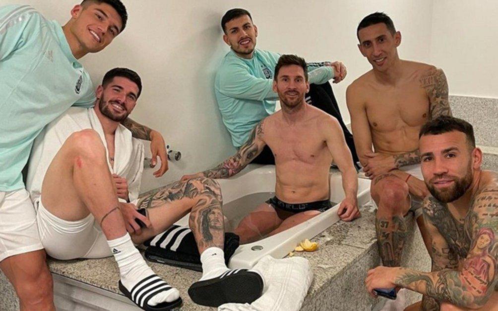 Messi también la rompió en las redes con un posteo desde el vestuario
