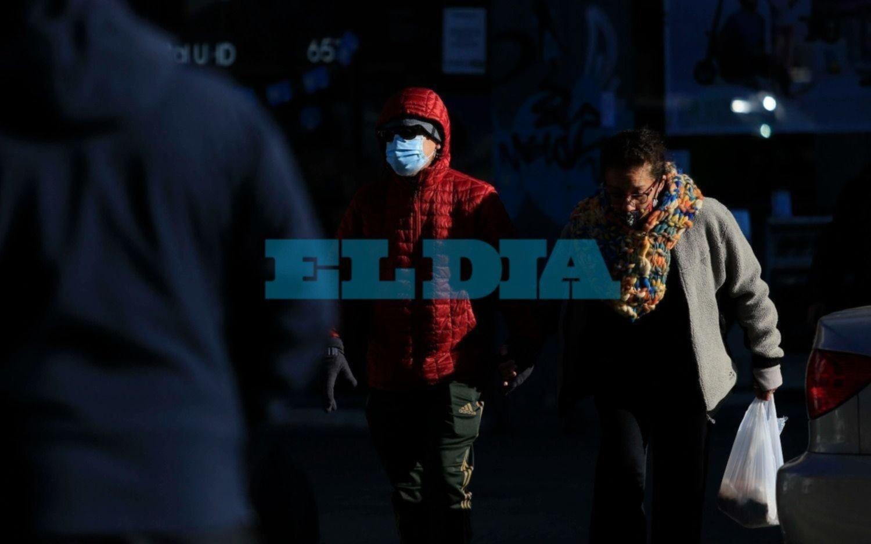 No afloja el frío: La Plata amaneció con 1º y se espera un sábado con temperaturas bajas