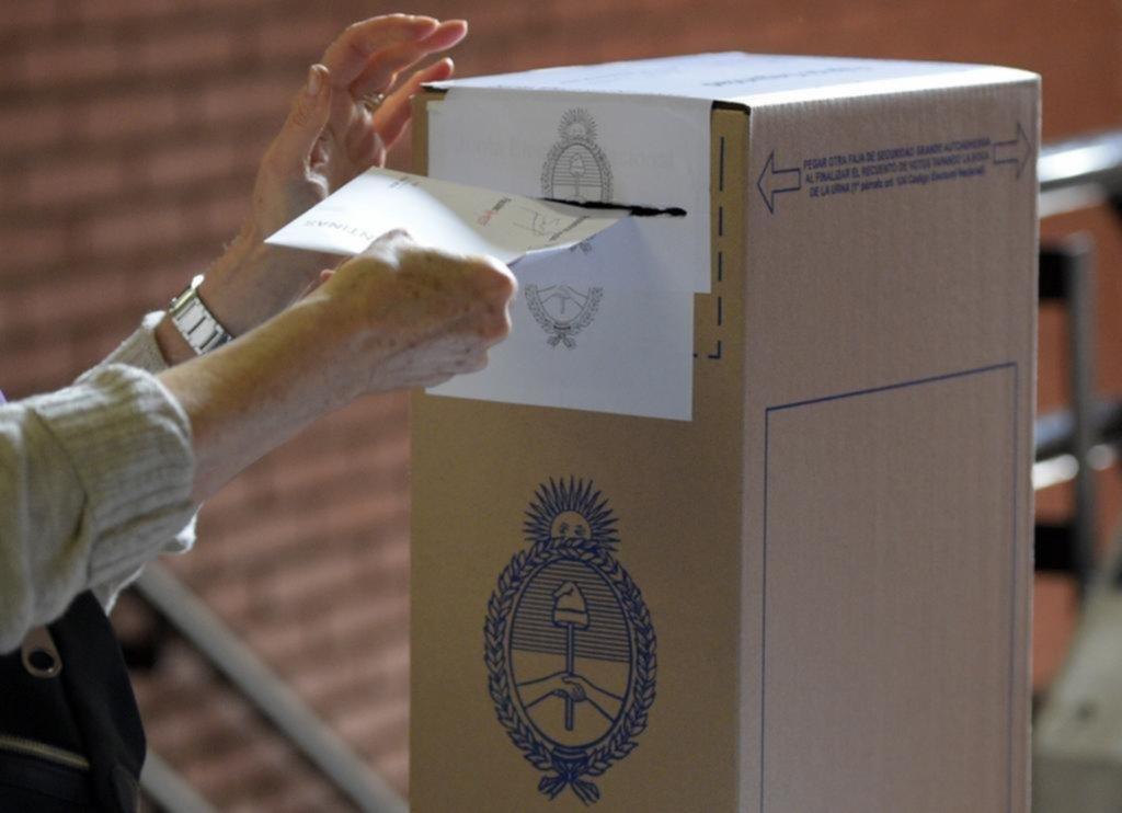 Se suman 9 mil extranjeros al padrón de La Plata y crece su influencia electoral