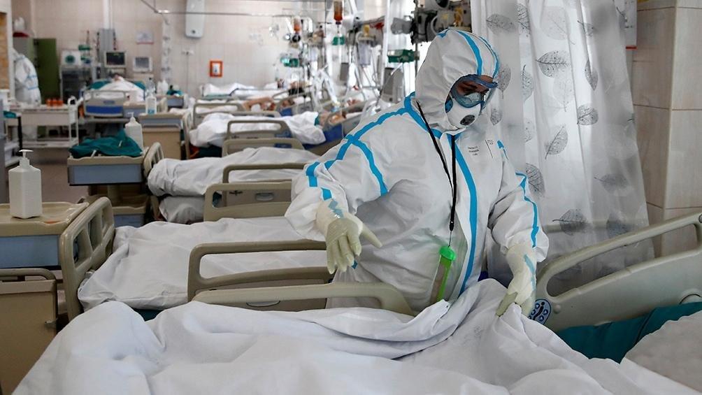 Pese a la baja de contagios, las muertes no aflojan y Argentina superó las 90 mil