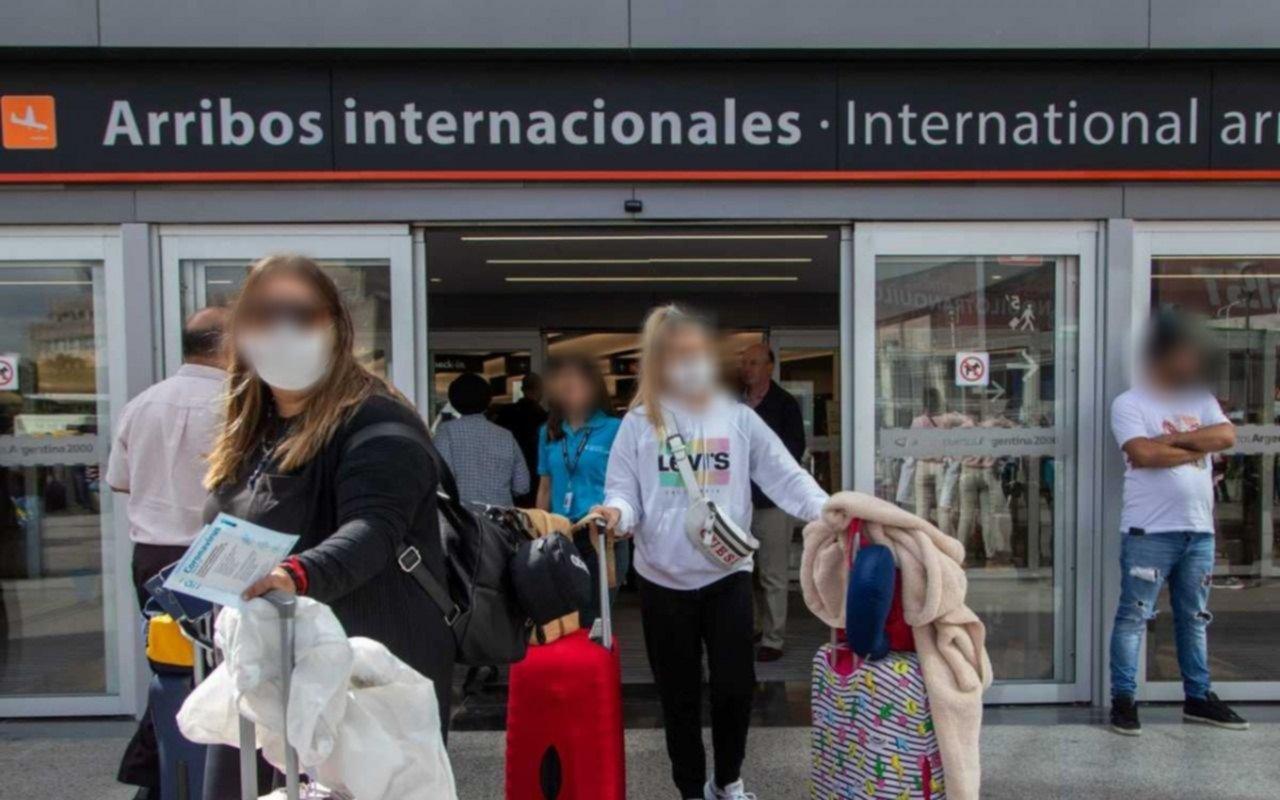 El 70% de los platenses que viajó al exterior cumplió con el aislamiento obligatorio