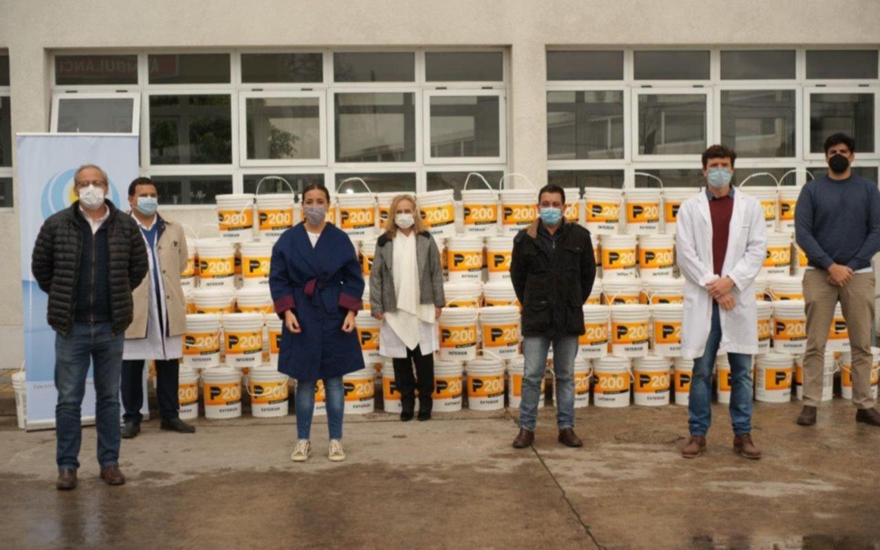 Fundación platense donó 6 mil litros de pintura al hospital Gutiérrez