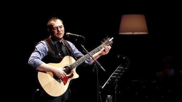 Ismael Serrano, en octubre, en el Teatro Argentino