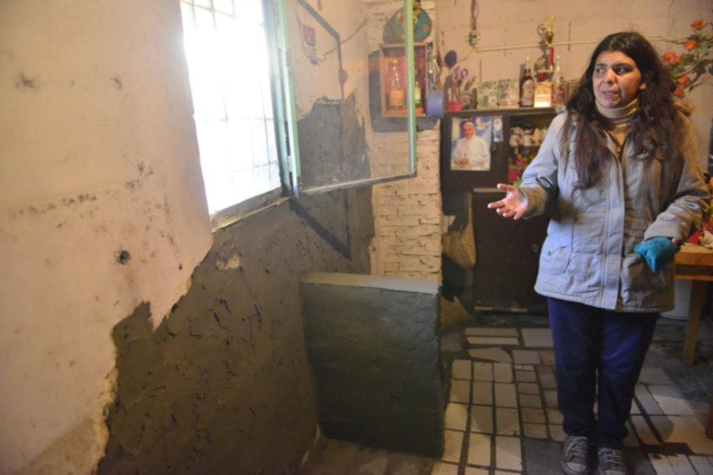 Rápidos y furiosos: chocaron contra una casa con una camioneta robada