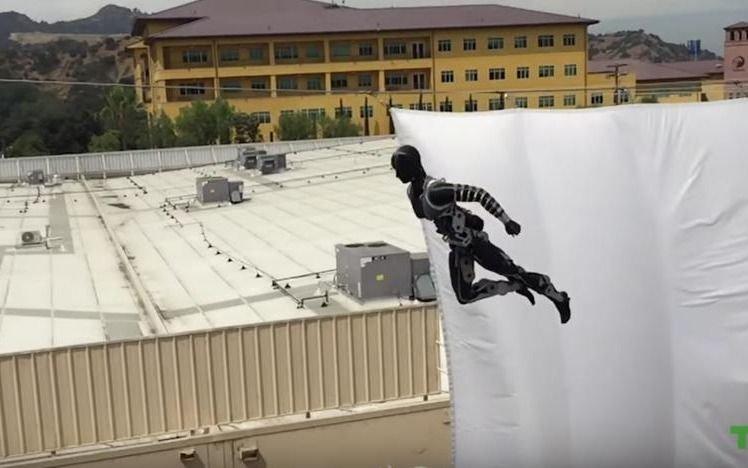 Disney muestra los avances de su robot acróbata ¡Es impresionante!