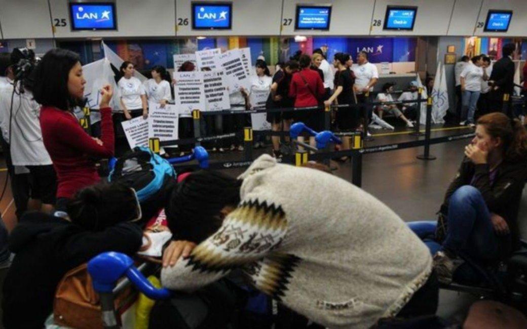 Gremios aeronáuticos anunciaron un paro para el 13 de julio