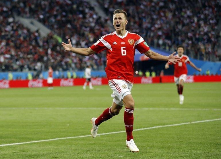 Croacia sacó a Rusia por penales y se metió en semifinales