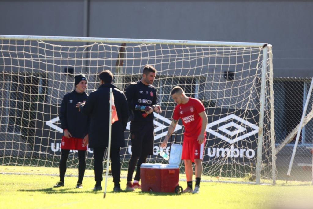 El Estudiantes del Chino Benítez vuelve a probarse en City Bell, esta vez, ante Quilmes