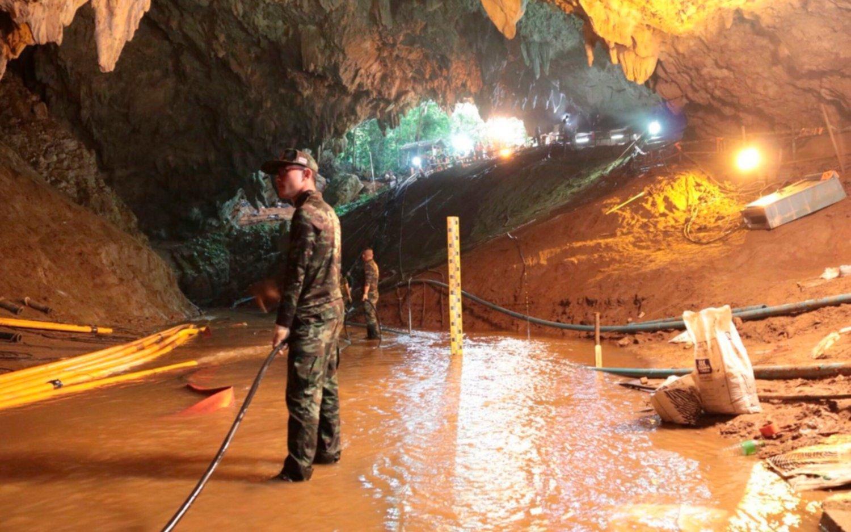 Salir de la cueva en Tailandia un camino lleno de obstáculos