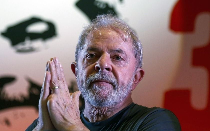 Un juez ordena liberar inmediatamente al expresidente de Brasil — Lula da Silva