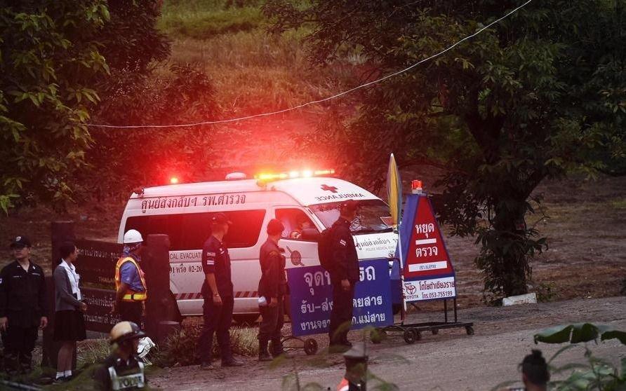 Los niños rescatados de la cueva en Tailandia están