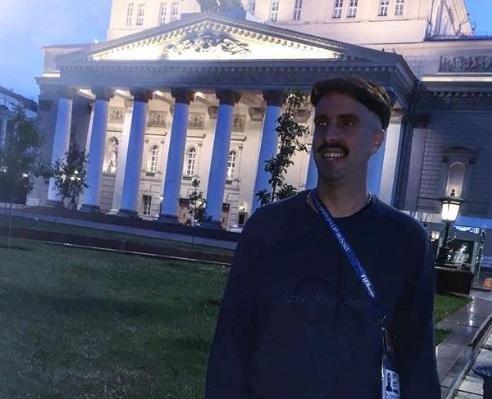 Echaron a Azzaro de un boliche en Moscú