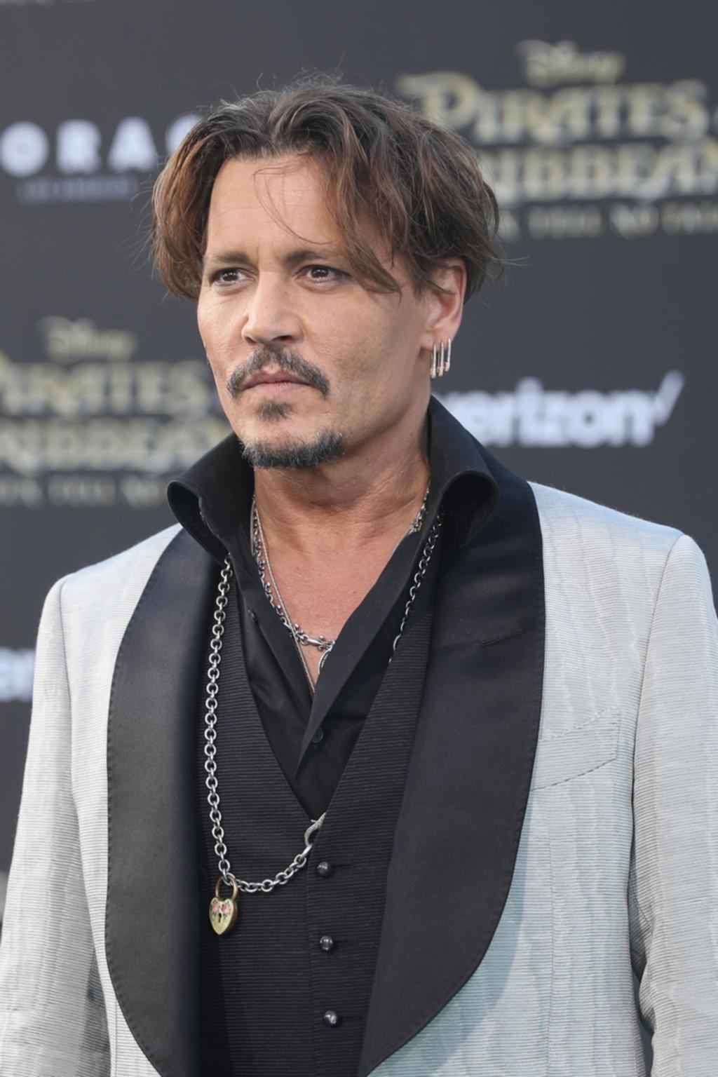 De mal en peor: Johnny Depp, denunciado por agredir a un técnico