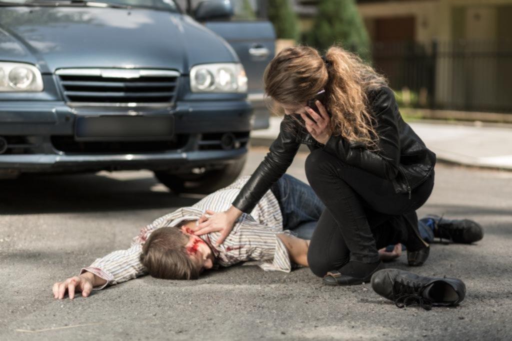 Los primeros auxilios pueden reducir hasta en un 80% los efectos de accidentes en la calle