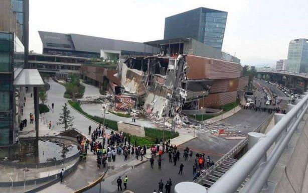 VIDEO.- Impresionante derrumbe de un centro comercial en México