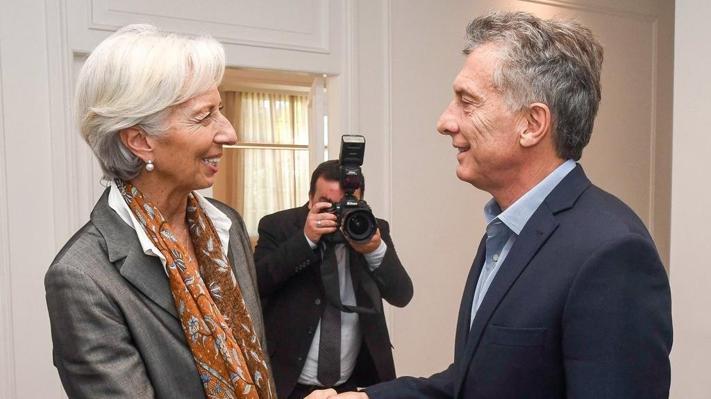 """El FMI pide limitar la baja de las retenciones a la soja y reducir subsidios """"ineficientes"""""""
